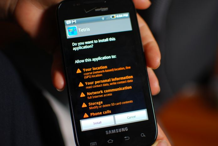 Un bug sur Android permet aux hackers d'écouter le micro et de voir les écrans