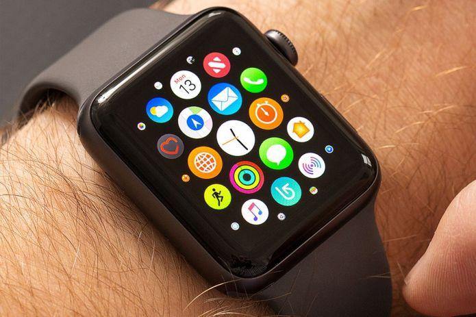 Les futurs écrans Apple Watch seraient en MicroLed